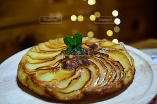 アップルケーキの写真・画像素材[2878498]