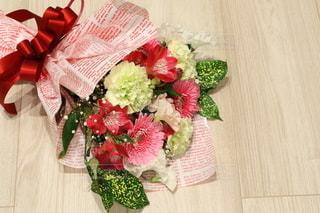 花束のプレゼントの写真・画像素材[2962965]