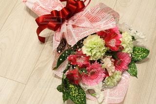 花束のプレゼントの写真・画像素材[2962967]