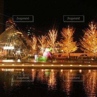 建物,冬,夜,カップル,屋外,大阪,かわいい,綺麗,デートスポット,撮影,観光,イルミネーション,都会,オシャレ,キラキラ,旅行,高層ビル,クリスマス,照明,可愛い,幸せ,梅田,happy,明るい,japan,大阪駅,デート,ハッピー,大好き,OSAKA,幸福,ありがとう,出会い,好奇心,グランフロント,ゴールド,ナイト,定番,ワクワク,ファインダー,photo,ドキドキ,夜遊び,フォト,写真好き,私の世界,グランフロント大阪,魅力的,デートコース,お写んぽ,follow,繋がる,PR,映える,シャンパンゴールド,誰かに見せたい景色,クリスマス ツリー,フォロー,間違いない,snap mart,ダレカニミセタイケシキ,冬の定番,魅せる,グランフロントクリスマス,写真は心のシャッター,日常にある幸せ