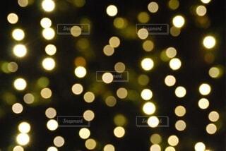 キラキラに輝くドットの写真・画像素材[4554281]