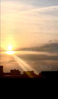 空,屋外,太陽,雲,夕暮れ,光,クラウド