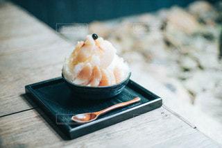 桃のかき氷の写真・画像素材[3583798]