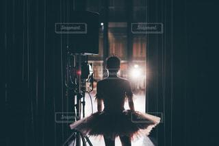 舞台袖のバレリーナの写真・画像素材[4432206]