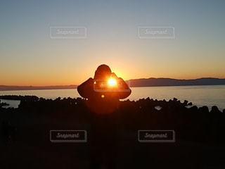 自然,風景,空,屋外,太陽,ビーチ,晴れ,晴天,水面,光,日の出,快晴,初日の出