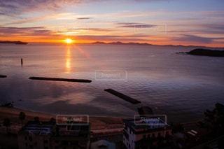 三河湾の日の出の写真・画像素材[2889830]