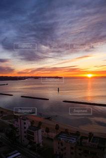 三河湾の日の出の写真・画像素材[2889829]