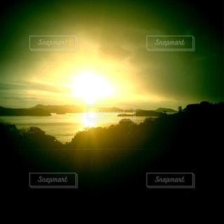 自然,海,空,夕日,太陽,夕暮れ,夕方,光,斜陽