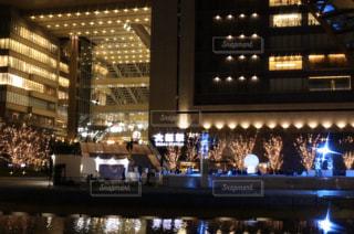 建物,夜,イルミネーション,グランフロント大阪,シャンパンゴールド