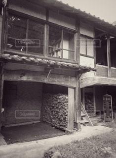 薪の写真・画像素材[2906474]