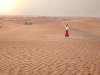 砂漠の夕暮れの写真・画像素材[1994865]