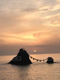 自然,風景,海,空,夕日,屋外,太陽,ビーチ,夕暮れ,水面,海岸,光
