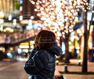 女性,家族,恋人,友だち,1人,夜,夜景,大阪,イルミネーション,都会,人物,ロマンチック,梅田,アンバサダー,グランフロント大阪,おすすめスポット,シャンパンゴールド