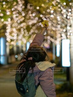 風景,夜,屋外,子供,都会,クリスマス,明るい,グランフロント大阪,シャンパンゴールド,グランフロントクリスマス