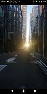 空,建物,太陽,光,都会,道,通り,沈む太陽,#道の向こう