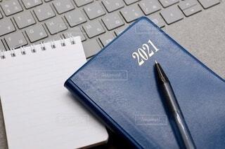 2021年の手帳 表紙の写真・画像素材[4003890]