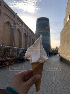 ミナレットとソフトクリームの写真・画像素材[3634903]