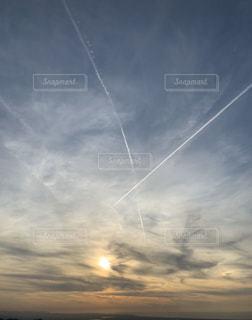 空,太陽,雲,夕暮れ,光,飛行機雲
