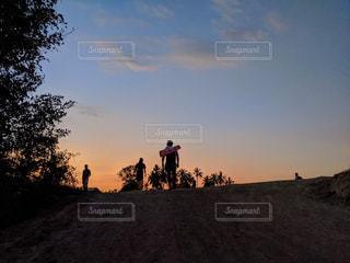 風景,空,夕日,太陽,夕暮れ,光,樹木,タイ,Thailand,草木