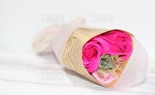 バラのプレゼントの写真・画像素材[3085760]