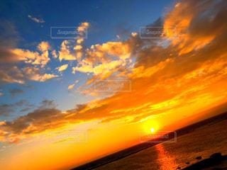 自然,風景,海,空,屋外,太陽,ビーチ,雲,夕暮れ,水面,オレンジ,光