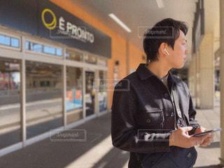 男性,ファッション,風景,黒,コート,人物,コーディネート,コーデ,ジャケット,ブラック,黒コーデ