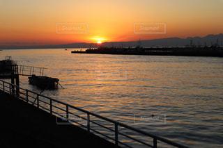 夕陽に照らされた世界の写真・画像素材[2864317]