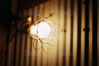 淡い光の写真・画像素材[2921359]