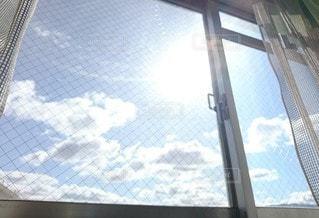 大きなガラス窓の写真・画像素材[2909908]