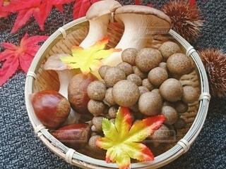 果物で満たされたかごの写真・画像素材[3777399]