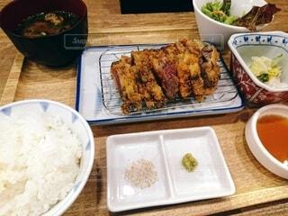 牛カツ定食の写真・画像素材[3918064]