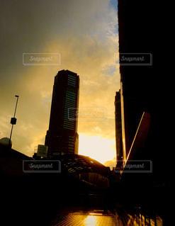 空,建物,太陽,光,都会,高層ビル,夕陽
