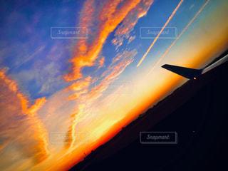 空,太陽,夕暮れ,飛行機,光,空港