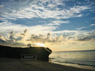 恋人,海,空,太陽,ビーチ,夕暮れ,光