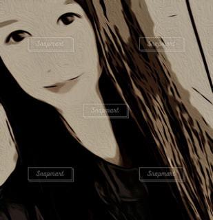 1人,ファッション,自撮り,ロングヘア,黒,アート,人物,人,笑顔,絵画,コーディネート,コーデ,漫画,ブラック,フォトジェニック,肌,スケッチ,黒コーデ