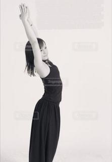 女性,1人,自撮り,背伸び,ポーズ,コーディネート,ヨガ,コーデ,トレーニング,ダイエット,ライン,ストレッチ,肌,くびれ,ウエスト,呼吸,体型維持