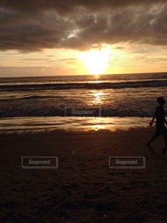 海,空,太陽,砂浜,夕暮れ,光