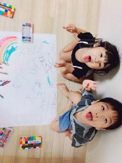屋内,ペン,人,幼児,紙,おえかき,おうち時間
