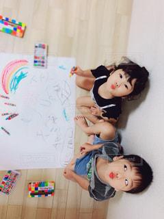 子ども,屋内,ペン,人,幼児,紙,おえかき,おうち時間