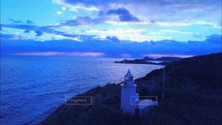 自然,風景,海,空,屋外,湖,太陽,雲,水面,海岸,山,光,灯台,岬,クラウド,シースケープ