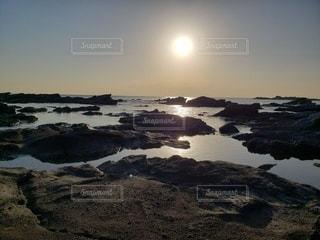 風景,海,空,秋,夕日,湖,太陽,夕焼け,景色,光,インスタ,フォトジェニック,インスタ映え