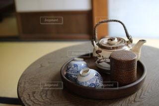 テーブルの上でコーヒーを一杯の写真・画像素材[2899724]