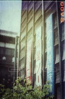建物の中の店の写真・画像素材[2916058]