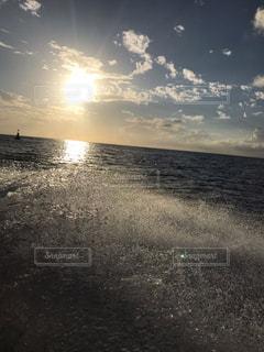 自然,海,空,屋外,太陽,雲,ボート,波,水面,海岸,夕方,光,水しぶき,旅行,メキシコ,オーシャン,クラウド