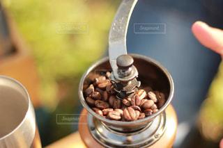 コーヒー豆焙煎の写真・画像素材[2897559]