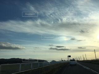 風景,空,屋外,太陽,雲,光,道,彩雲