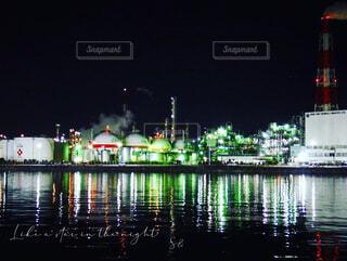 工場夜景デートの写真・画像素材[4069367]