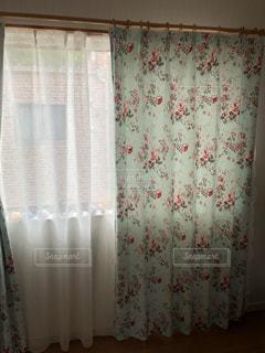 シャワーカーテンの写真・画像素材[3365725]