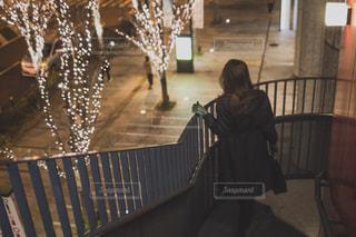 女性,恋人,1人,モデル,イルミネーション,鞄,買い物,グランフロント,外国人