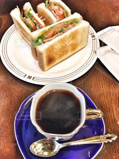 レトロ調なカフェは大人の味の写真・画像素材[2931329]